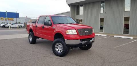 2005 Ford F-150 for sale at EXPRESS AUTO GROUP in Phoenix AZ