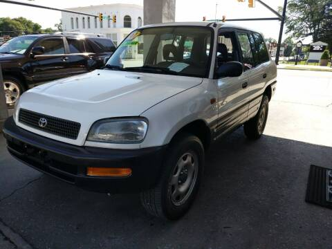 1997 Toyota RAV4 for sale at ROBINSON AUTO BROKERS in Dallas NC