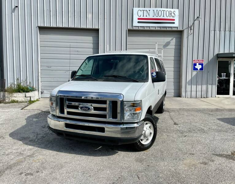 2009 Ford E-Series Wagon for sale at CTN MOTORS in Houston TX