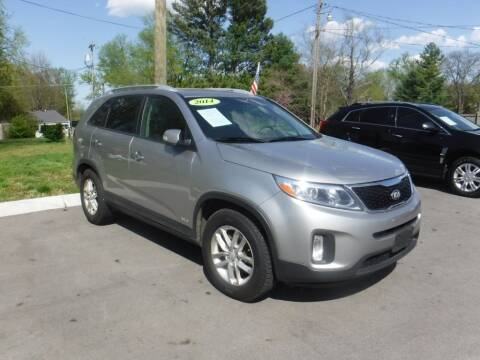 2014 Kia Sorento for sale at Rob Co Automotive LLC in Springfield TN