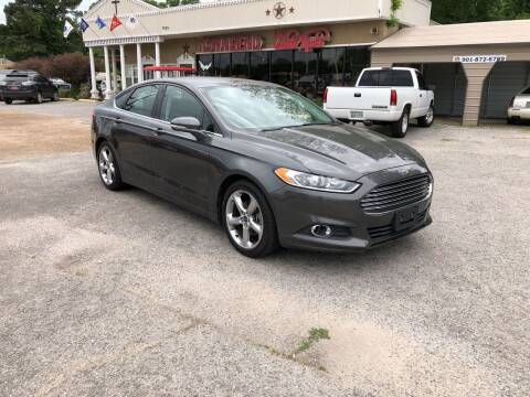 2015 Ford Fusion for sale at Townsend Auto Mart in Millington TN
