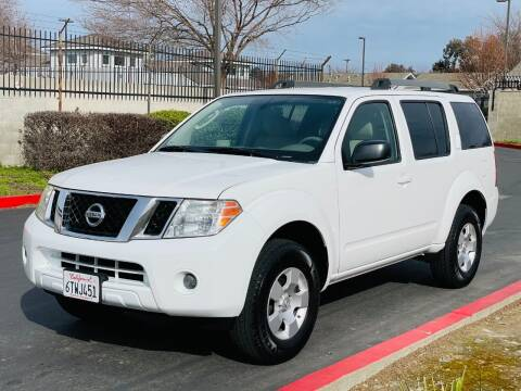 2011 Nissan Pathfinder for sale at United Star Motors in Sacramento CA