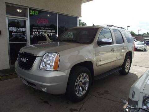 2008 GMC Yukon for sale at World Wide Automotive in Sioux Falls SD