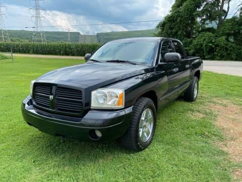 2006 Dodge Dakota for sale at Tennessee Valley Wholesale Autos LLC in Huntsville AL
