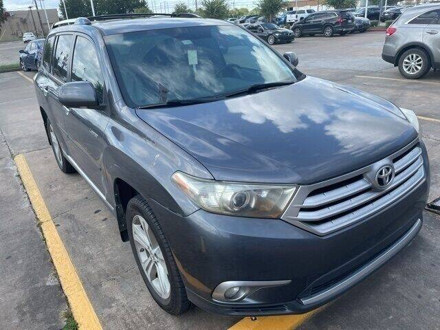 2013 Toyota Highlander for sale at FREDY KIA USED CARS in Houston TX