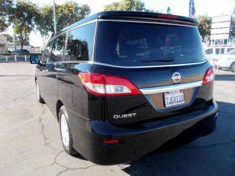 2014 Nissan Quest