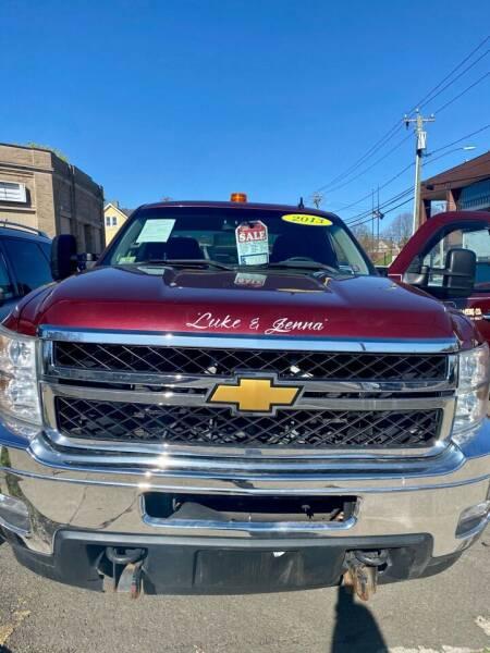 2013 Chevrolet Silverado 2500HD for sale at AR's Used Car Sales LLC in Danbury CT