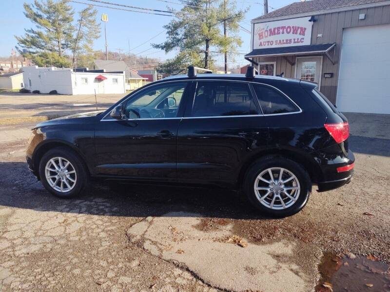 2010 Audi Q5 for sale at Jim's Hometown Auto Sales LLC in Byesville OH
