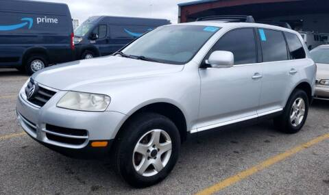 2004 Volkswagen Touareg for sale at Angelo's Auto Sales in Lowellville OH