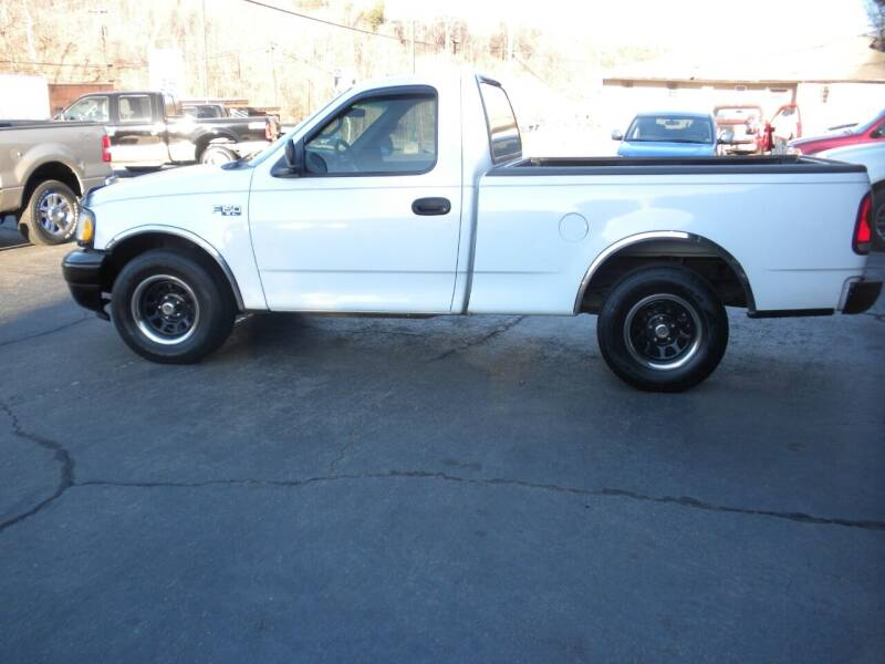 2001 Ford F-150 for sale at D & B Auto Sales & Service in Martinsville VA