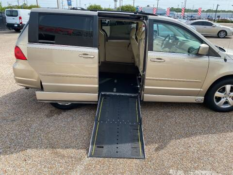 2009 Volkswagen Routan for sale at AutoMax of Memphis - Nate Palmer in Memphis TN