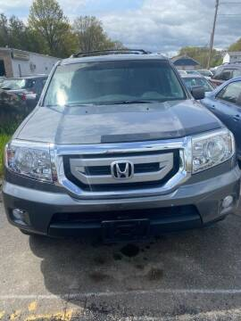2011 Honda Pilot for sale at Whiting Motors in Plainville CT