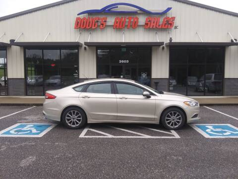 2017 Ford Fusion for sale at DOUG'S AUTO SALES INC in Pleasant View TN