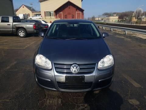 2010 Volkswagen Jetta for sale at Discovery Auto Sales in New Lenox IL