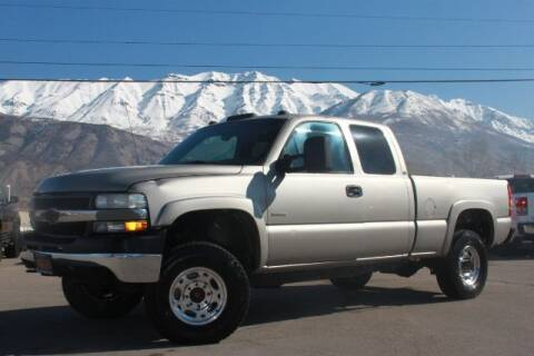 2001 Chevrolet Silverado 2500HD for sale at REVOLUTIONARY AUTO in Lindon UT