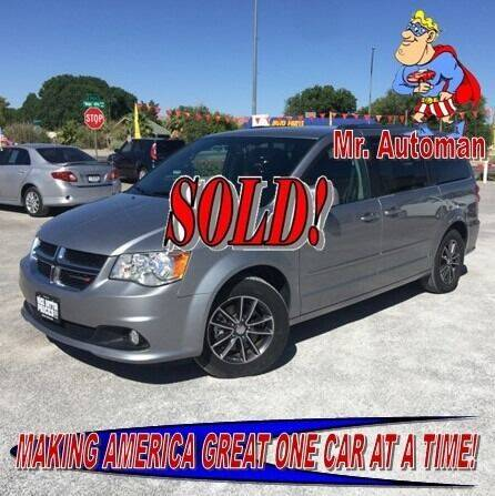 2017 Dodge Grand Caravan for sale at TOWN & COUNTRY AUTO SALES in Overton NV