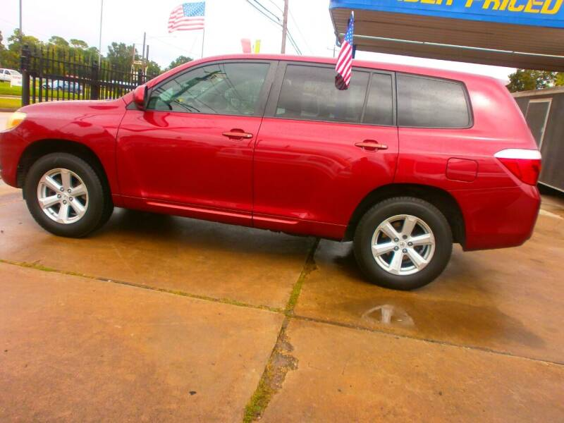 2008 Toyota Highlander for sale at Under Priced Auto Sales in Houston TX
