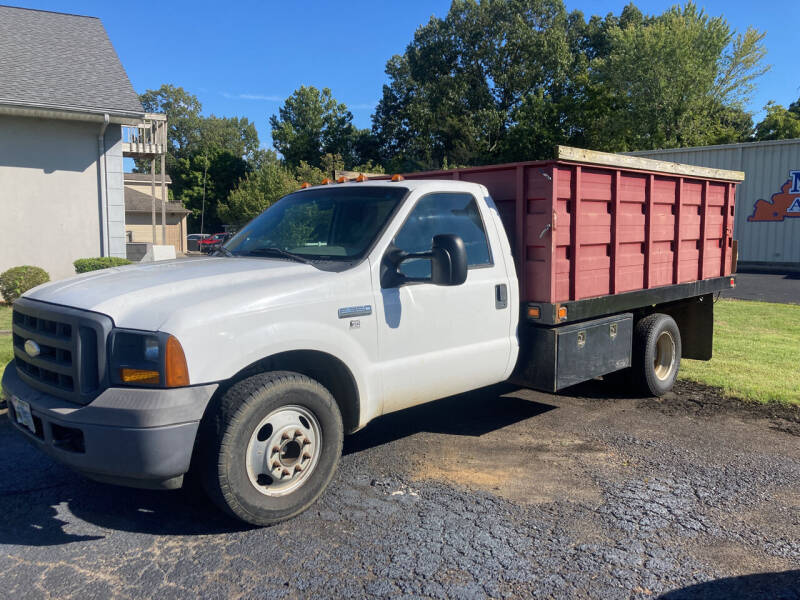 2005 Ford F-350 Super Duty for sale at McCully's Automotive - Trucks & SUV's in Benton KY