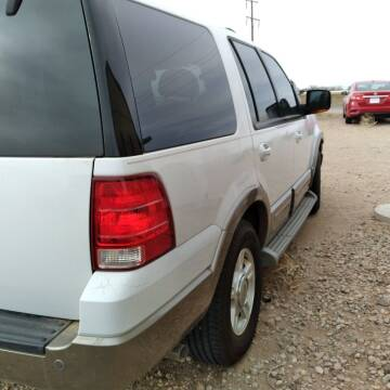 2003 Ford Expedition for sale at BENHAM AUTO INC in Lubbock TX