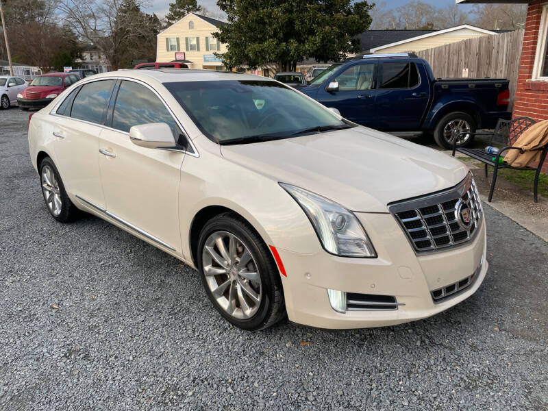 2014 Cadillac XTS for sale at LAURINBURG AUTO SALES in Laurinburg NC