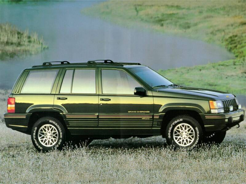 1995 Jeep Grand Cherokee for sale at St. Croix Classics in Lakeland MN