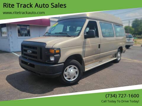 2010 Ford E-Series Wagon for sale at Rite Track Auto Sales in Wayne MI