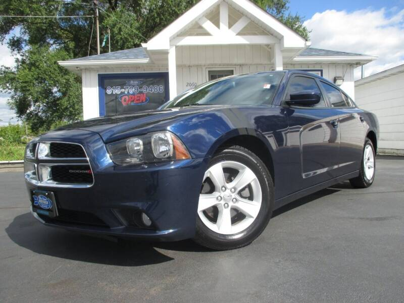 2014 Dodge Charger for sale at Blue Arrow Motors in Coal City IL