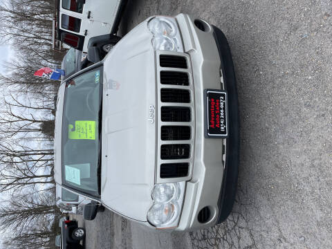 2007 Jeep Grand Cherokee for sale at Advantage Auto Sales in Johnstown PA