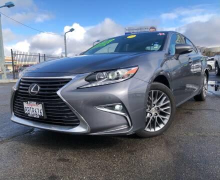 2018 Lexus ES 350 for sale at LUGO AUTO GROUP in Sacramento CA