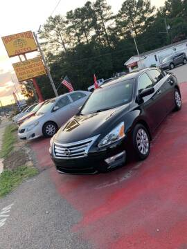 2013 Nissan Altima for sale at World Wide Auto in Fayetteville NC