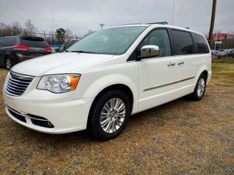 2012 Chrysler Town and Country for sale at Cutiva Cars in Gastonia NC