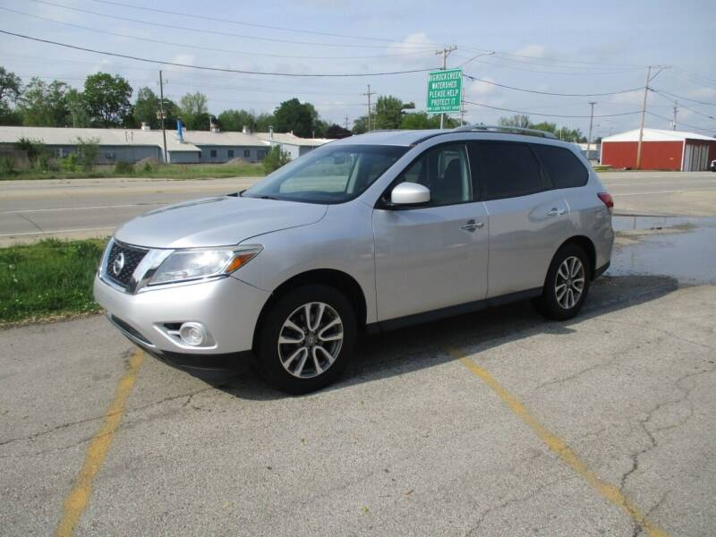 2013 Nissan Pathfinder for sale at RJ Motors in Plano IL