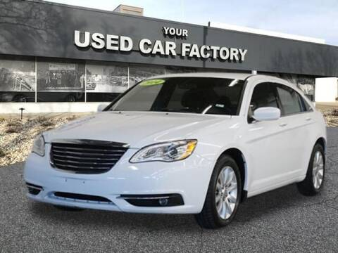 2014 Chrysler 200 for sale at JOELSCARZ.COM in Flushing MI
