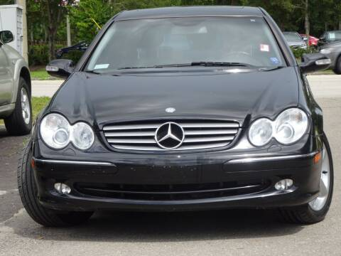 2005 Mercedes-Benz CLK for sale at Deal Maker of Gainesville in Gainesville FL