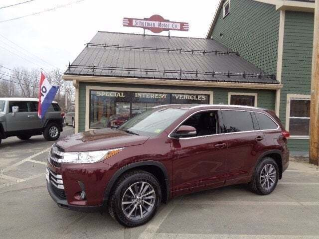 2018 Toyota Highlander for sale at SCHURMAN MOTOR COMPANY in Lancaster NH