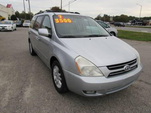 2007 Kia Sedona for sale at Auto Bella Inc. in Clayton NC