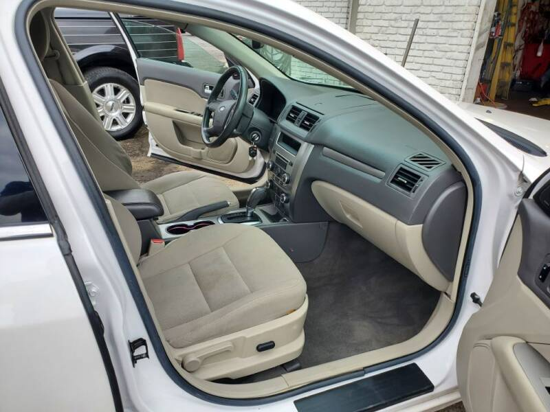 2010 Ford Fusion Hybrid for sale at Savior Auto in Independence MO