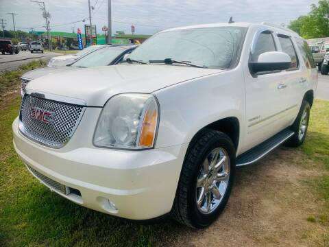 2011 GMC Yukon for sale at BRYANT AUTO SALES in Bryant AR