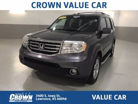 2014 Honda Pilot for sale at Crown Automotive of Lawrence Kansas in Lawrence KS