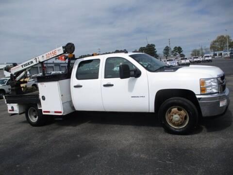 2014 Chevrolet Silverado 3500HD for sale at GOWEN WHOLESALE AUTO in Lawrenceburg TN