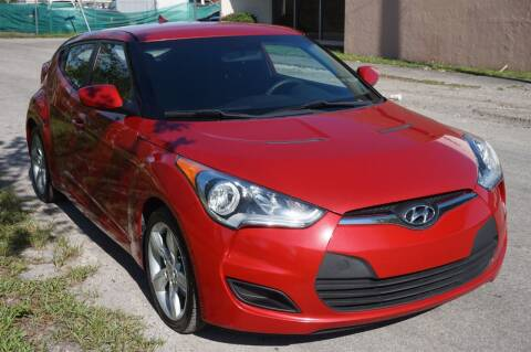 2015 Hyundai Veloster for sale at SUPER DEAL MOTORS 441 in Hollywood FL