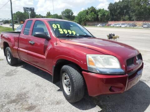 2007 Mitsubishi Raider for sale at SCOTT HARRISON MOTOR CO in Houston TX