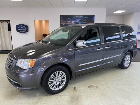 2015 Chrysler Town and Country for sale at Used Car Outlet in Bloomington IL