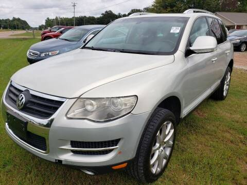 2008 Volkswagen Touareg 2 for sale at Scarletts Cars in Camden TN