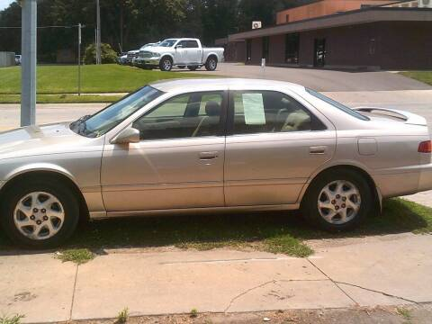 2001 Toyota Camry for sale at D & D Auto Sales in Topeka KS