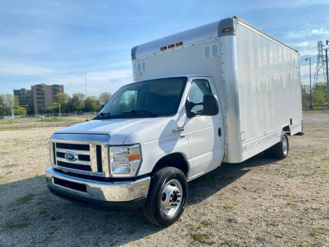 2011 Ford E-Series Chassis for sale at Siglers Auto Center in Skokie IL