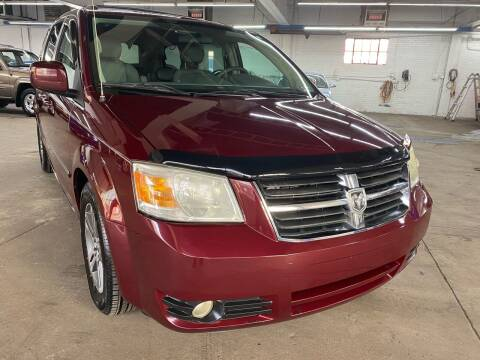 2009 Dodge Grand Caravan for sale at John Warne Motors in Canonsburg PA