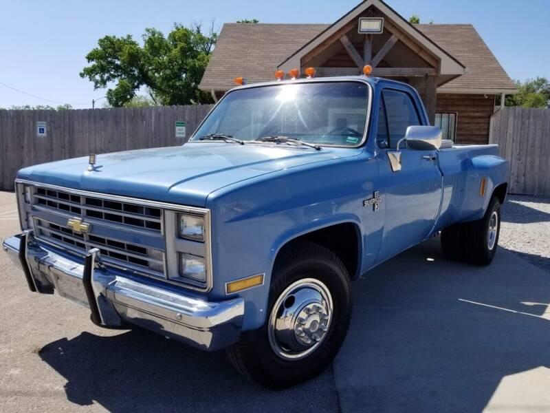 1986 Chevrolet C/K 30 Series for sale in Wichita, KS