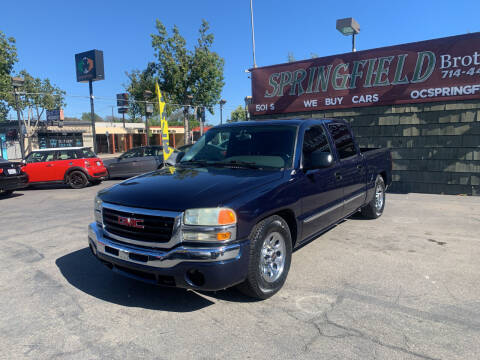 2005 GMC Sierra 1500 for sale at SPRINGFIELD BROTHERS LLC in Fullerton CA
