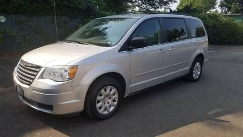 2010 Chrysler Town and Country for sale at Car Guys in Kent WA